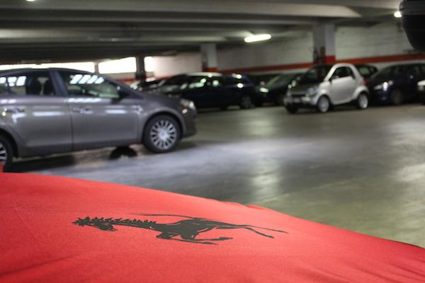 Parcheggio Sotterraneo e Ferrari 308